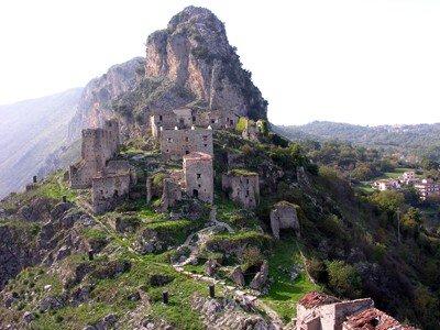 Castello-di-san-severo