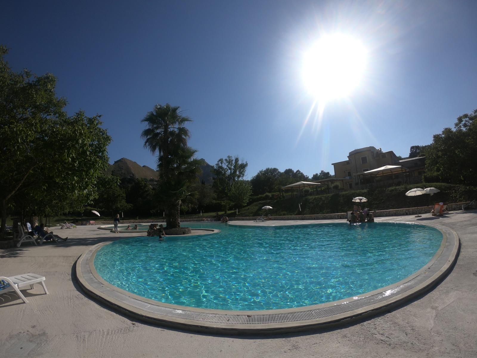 piscina-e-hotel